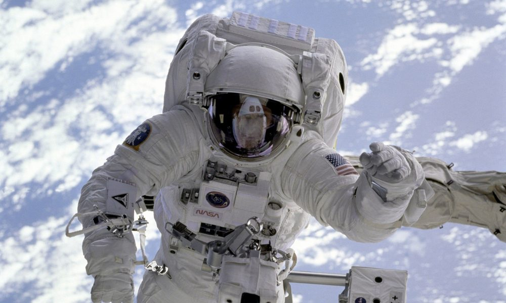 Registry Lock Astronaut